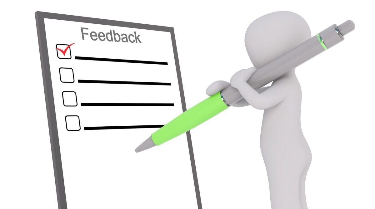 come scrivere recensioni