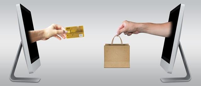 riprova sociale , recensioni e shopping online